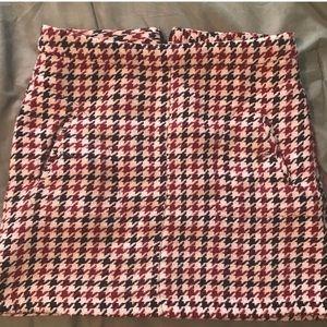 Patterned Woven Skirt