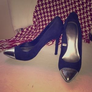 Mossimo silver tipped, navy blue pumps.