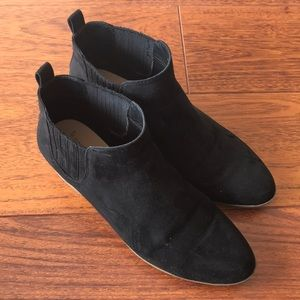 A New Day Black suede booties size 7.5