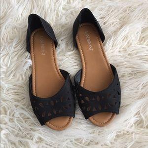 •Lane Bryant Peep Toe Flats•
