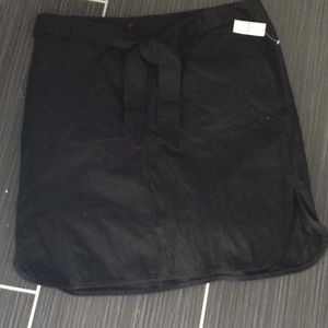 Talbots black skirt NWT size 14 with faux belt