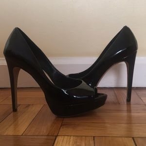 Vince Camuto Patent Leather Pumps Size 7.5