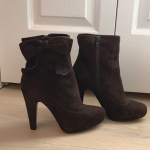 COACH - Brown suede booties - made in Italy