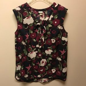 Colorful flowered top with tie at neck