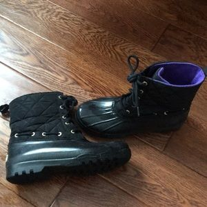Size 7 Sperry boots. Great condition