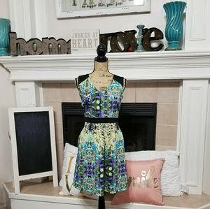 Cynthia Rowley women's green v-neck mini dress
