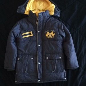 Unisex winter jacket, ready for snow and ski?