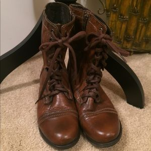 Steve Madden brown leather combat boots size 6 1/2