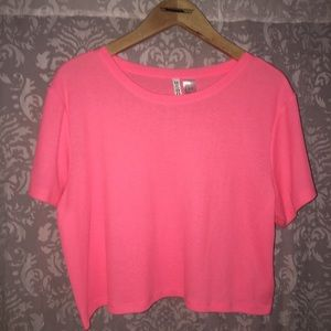 Cropped pink tee• h&m •size large