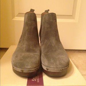 Women's Clarks Ledella Star Suede Ankle Boots