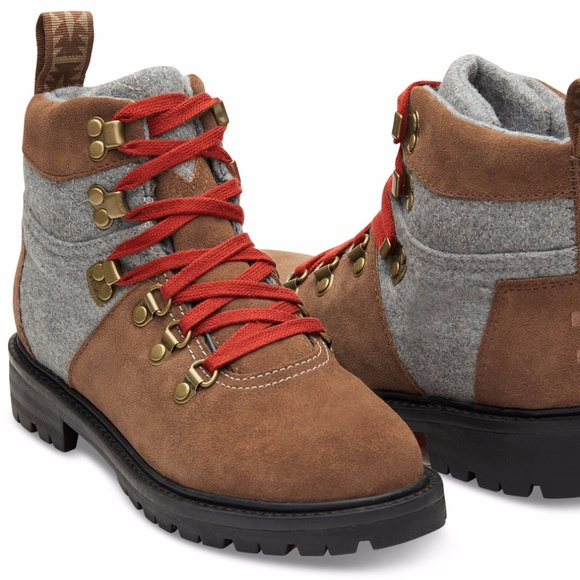 b9c869a7c94 TOMS Summit Hiking Boots Tan Grey Waterproof. M 5a2ee3a499086a45c804c5a1