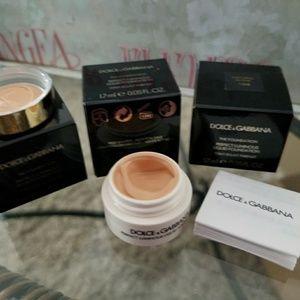 Dolce & Gabbana Luminous foundation/5 for $10