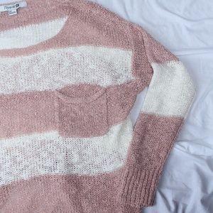 Like New! Forever 21 Blush & Cream Knit Sweater