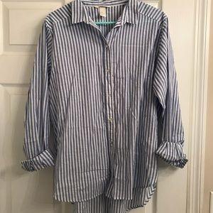H&M blue and white pin striped cotton button down