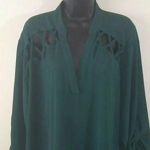Rue 21+ womens dark green blouse size 3xl