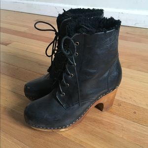 Jeffrey Campbell Woodies fleece-lined boots
