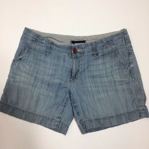 Gap Women's Shorts Size 4 Chambray Limited Edition