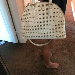 Tory Burch Robinson off white shoulder or hand bag
