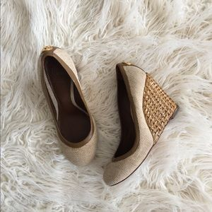 •Tory Burch Bovary Wedges•