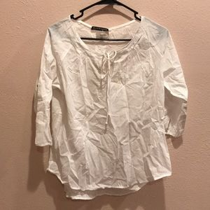 Brandy Melville white embroidered blouse