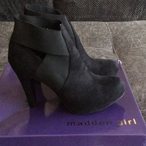 Madden Girl black ankle dress booties