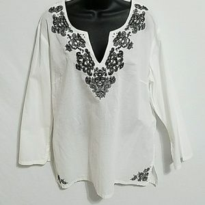 Nine West white and black size XL
