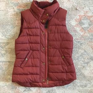 H&M Red puffer vest with hood