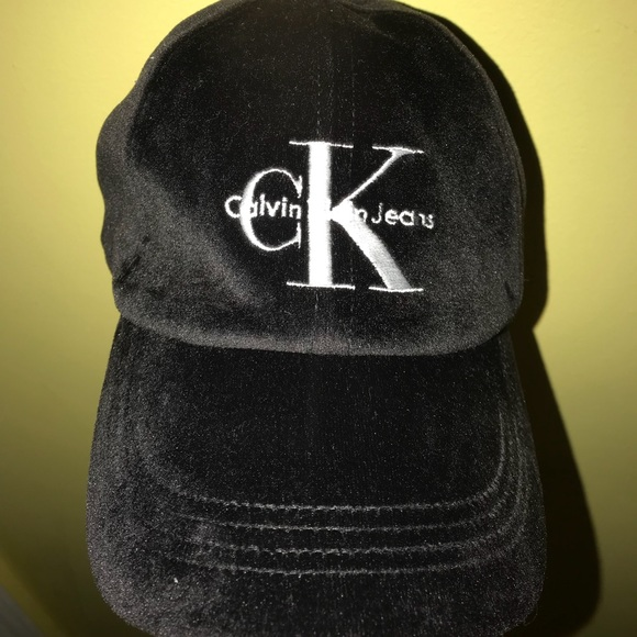 Black Belvet Calvin Klein Women s Hat c024cd5637