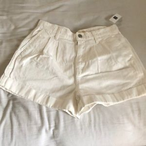 Brand new high waisted shorts from gap