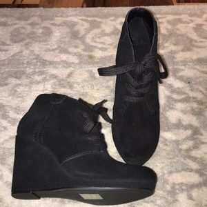 Brand new Dolce Vita Black Suede Lace Up Bootie