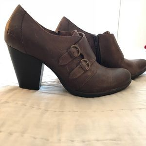 BOC ankle booties brown leather 9.5 NWOB