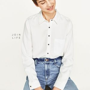 Zara Shirt with Shoulder Tab (off-white)