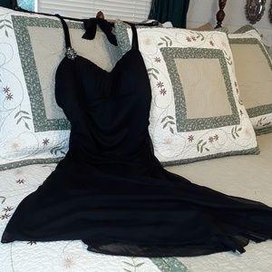 NEW VERY ELEGANT RUBY ROX BLACK PARTY DRESS MEDIUM