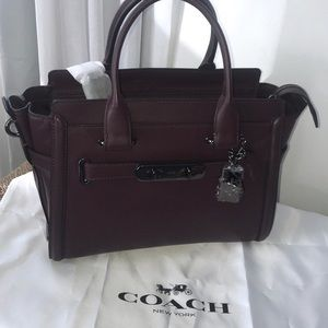 Coach authentic Swagger 27 bag in oxblood/black DK