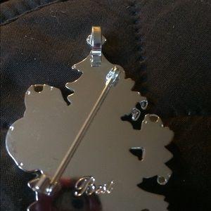 Christmas pin or pendant