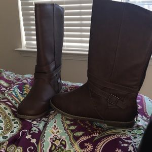 Brown chocolate Old Navy boots