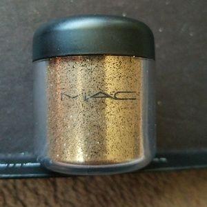 MAC GLITTER PIGMENT GOLD