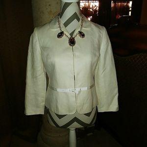 Beautiful!! Ann Taylor Loft women's blazer size 2,