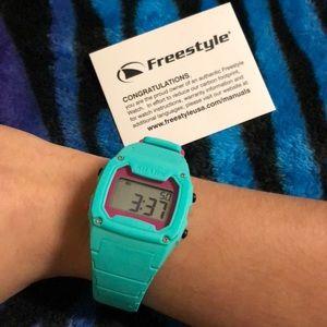 Freestyle shark watch