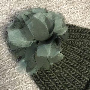 LOFT Accessories - Ann Taylor Loft Olive Green Beanie
