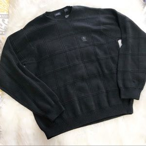 IZOD • Men's Black Sweater