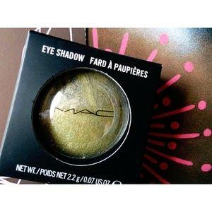 MAC Fresh Green Mix Mineralize Eye Shadow LE
