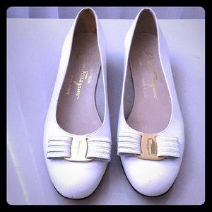 Salvatore Ferragamo Vara Bow shoes