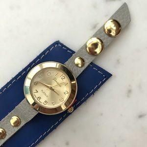 ✨ NWOT Genuine Leather Cuff Watch ✨