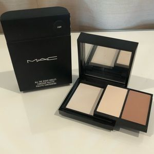 MAC All The Right Angles Contour Palette in Light