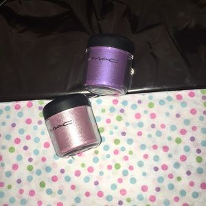 Full size Mac Pigments!! Kitchmas and violet 7.5