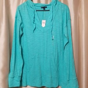 NWT, never worn, hooded v-neck by the GAP