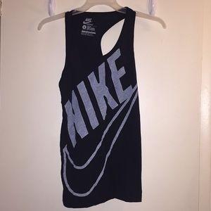 Nike women's sportswear muscle tee