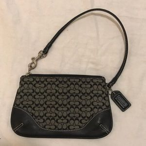 Perfect Coach black wristlet mini c's