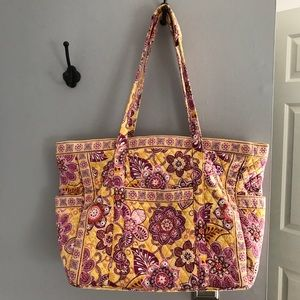 Vera Bradley travel bag (tote)